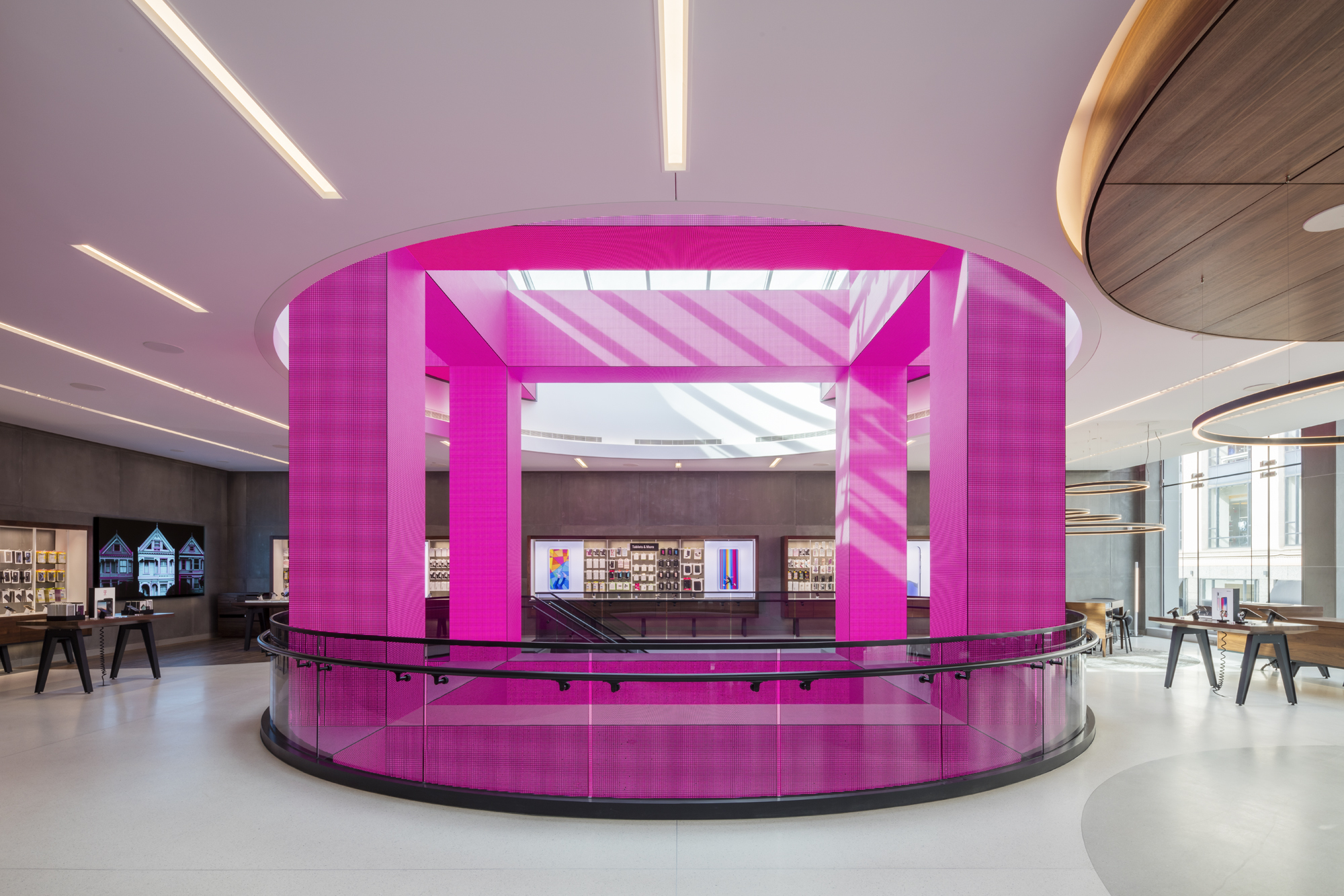 T-Mobile Signature Store, San Francisco, CA - constructed by Retail Construction Services, Inc.