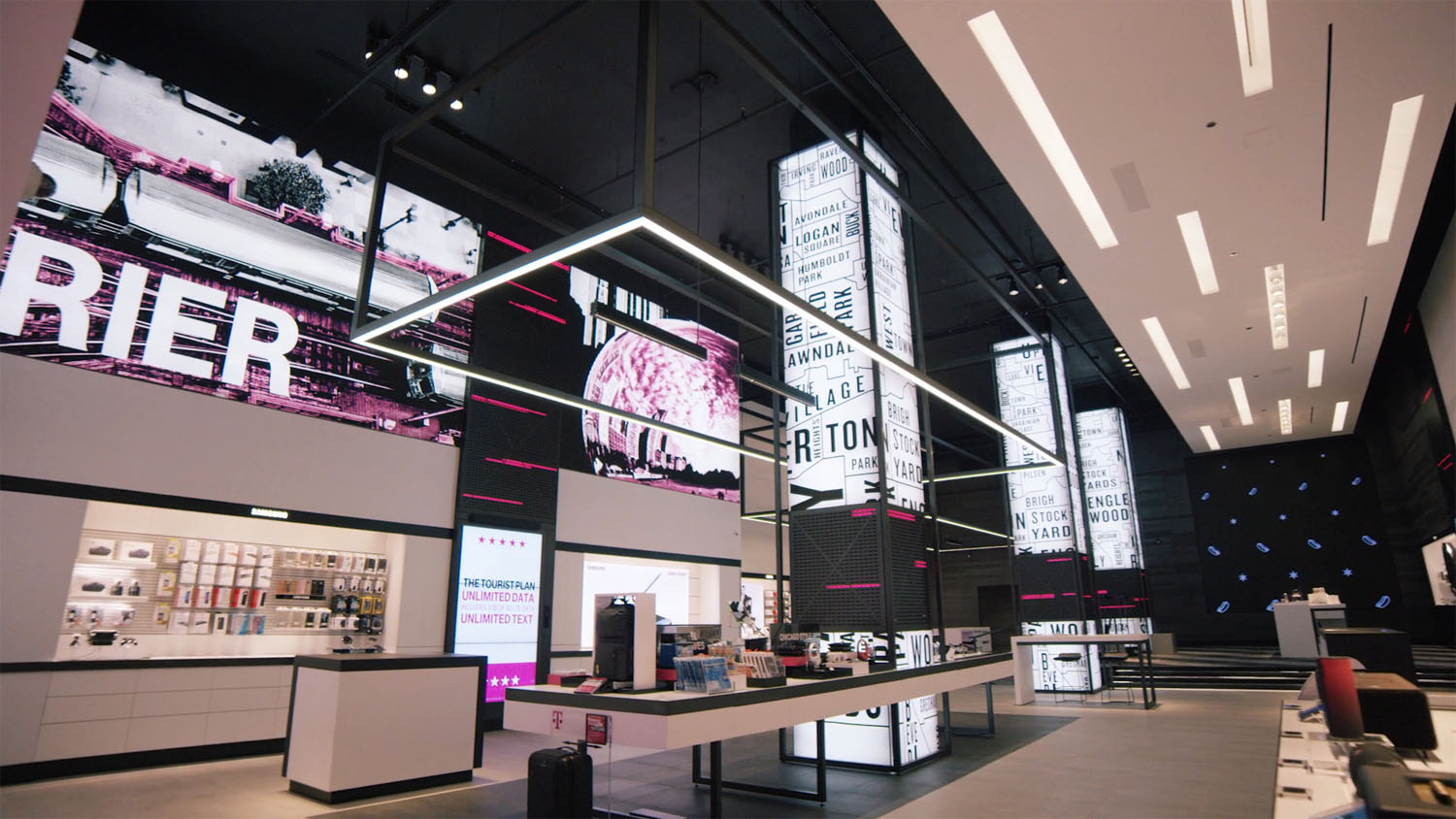T-Mobile Signature Store - Magnificent Mile, Chicago, IL - RCS